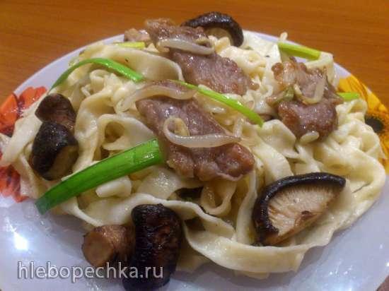 Лапша со свининой по-китайски