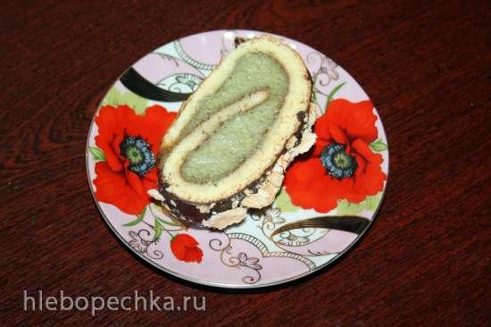 Бисквитный рулет с авокадо и меренговой крошкой