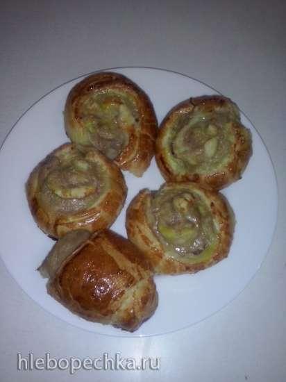 Бурекас (рулеты из слоеного теста с мясным фаршем)