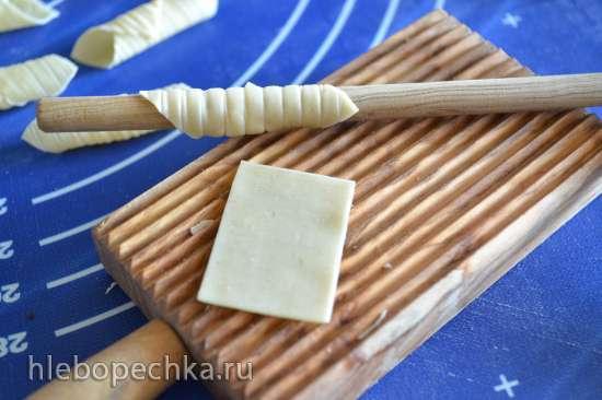 Инструменты и принадлежности для приготовления домашней пасты