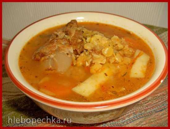 Суп гороховый с гриллированными свиными ребрышками