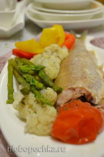 Кутум на пару с овощами (пароварка)