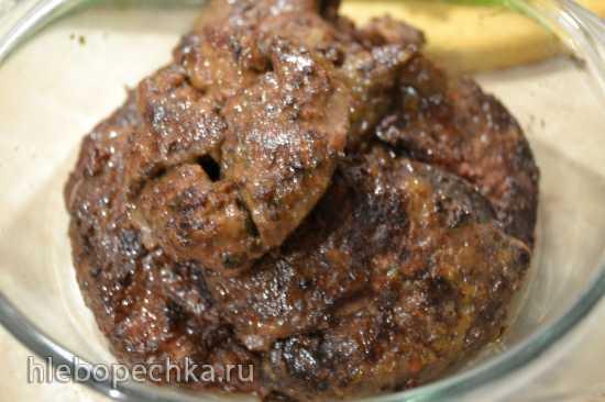 Шницель из печени индейки с луком