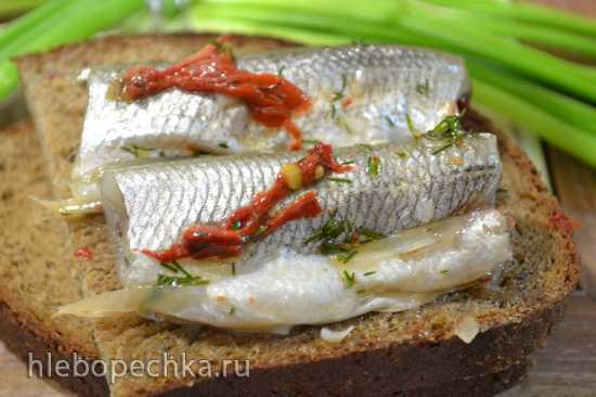 Корюшка (рыбная мелочь) в пряном маринаде