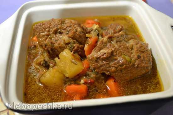 Мясо томленое «Свинья в ананасах» в скороварке Oursson