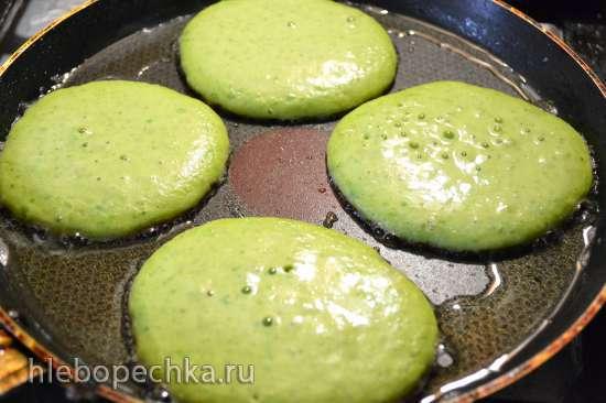 Горошковые оладьи «совсем зелененькие»