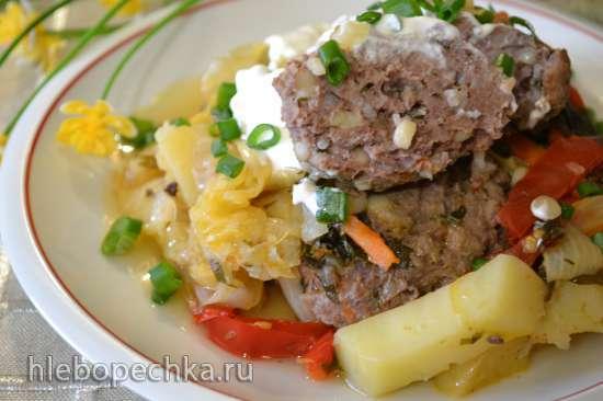 Бифштексы с овощами в тажине