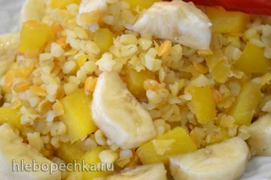Булгур и чечевица с манго и бананом в процессоре Oursson