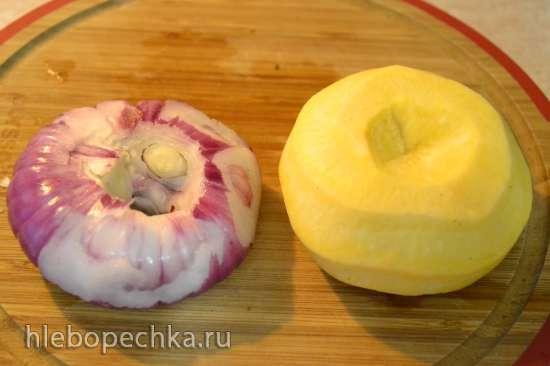 Салат из репы с красным луком и яблоком (для вегетарианцев и веганов)