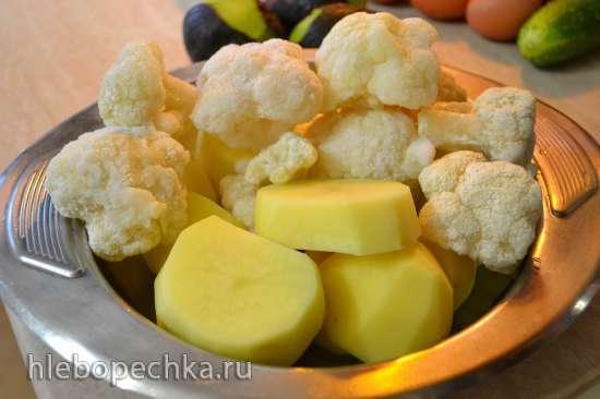 Нежное пюре из картофеля, с цветной капустой и авокадо