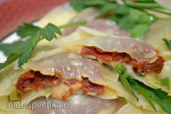 Равиоли с фасолью и вялеными томатами (постное блюдо)