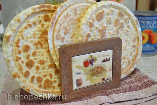Пресные вафли из пельменного теста, с медом и кунжутом (электровафельница)