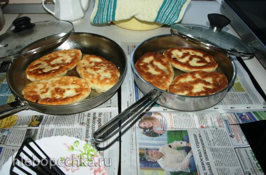 Пирожки Бижусины содовые на базе оладиевого теста