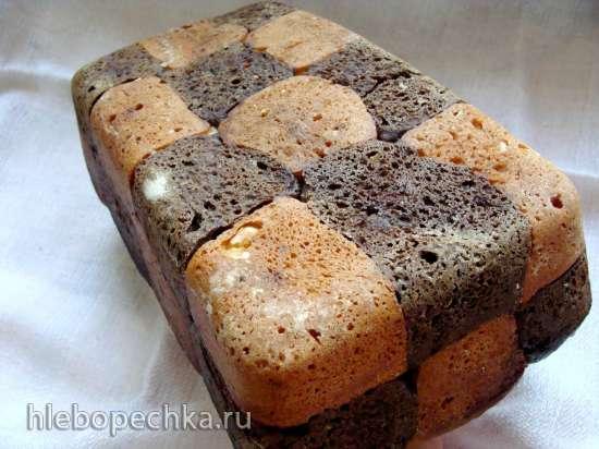 Шахматный хлеб с кэробом, финиками, на миндальном молочке