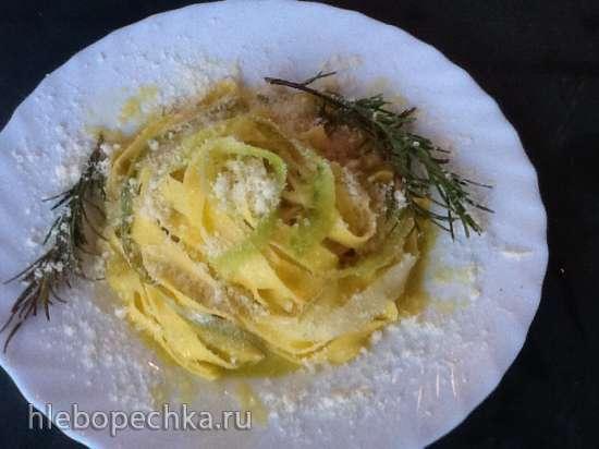 Феттуччини с цукини, лимоном и сыром пекорино (Fettuccine con zucchine al limone e pecorino)
