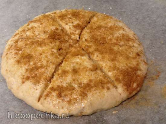 Коричная лепешка с вялеными яблоками (быстрый рецепт для духовки и пиццапечки без яиц)