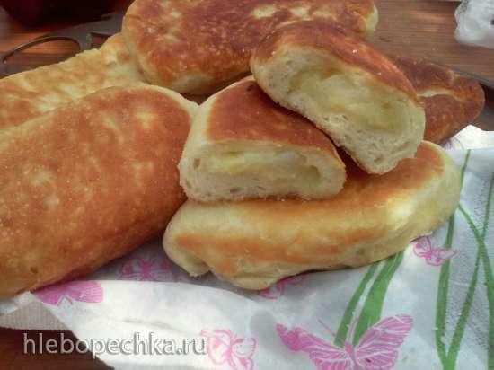 Пирожки жареные из теста на картофельном отваре (постный рецепт)