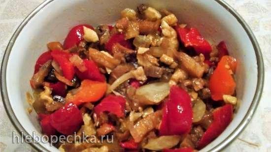 Салат по-корейски из сушеных баклажанов.