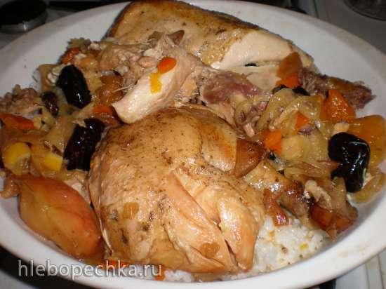 Курица томленая, нафаршированная сухофруктами  на коньяке в медленноварке Russel Hobbs (3,5 л)
