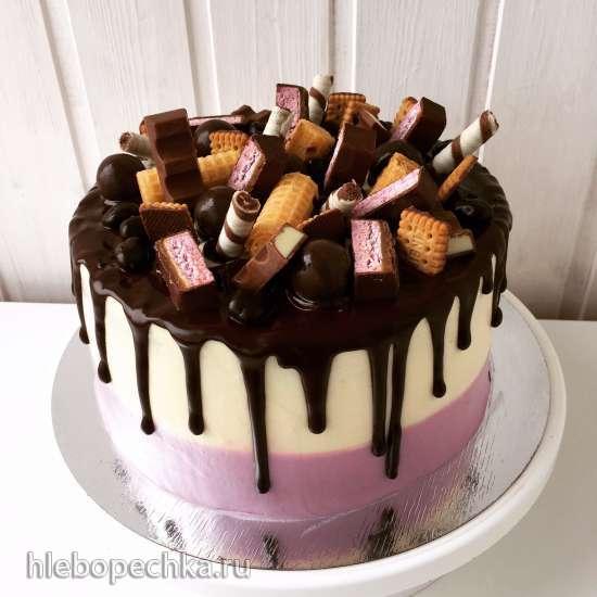торт украшенный сладостями фото