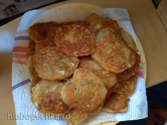 Оладьи с начинкой или ленивые пирожки с капустой и яйцами
