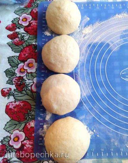Дрожжевой пирог с вареньем «Цветик-восьмицветик» (без яиц)