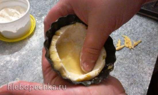 Корзинка песочная с белковым кремом (как в старые добрые времена)