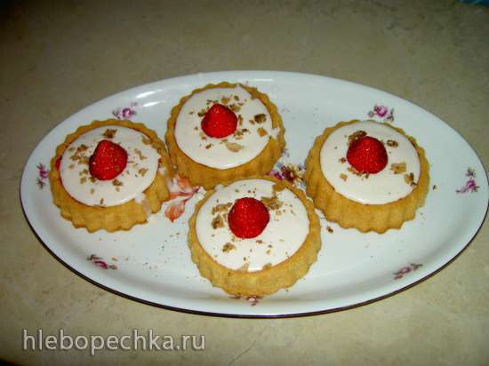 Творожно-ягодный желейный десерт