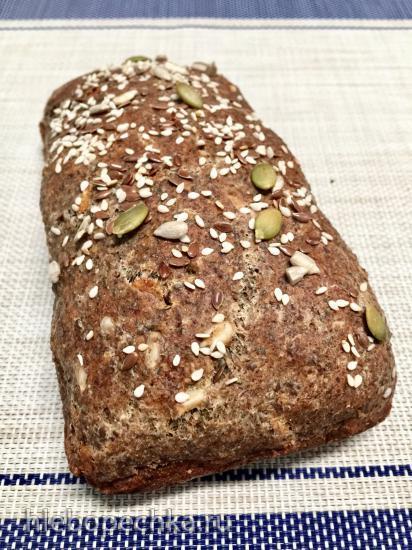 Полезный хлеб из семян чиа и льна