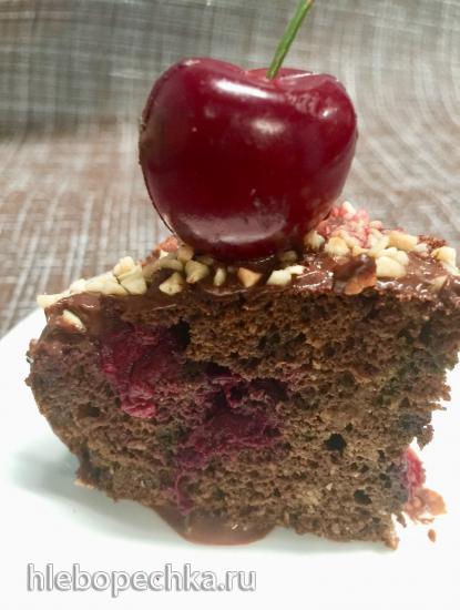 Шоколадный кекс с вишней без муки и сахара