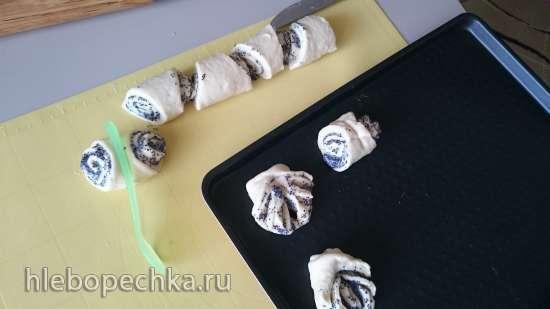 Маковые бабочки, плюшки и с повидлом ватрушки
