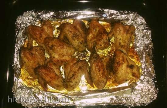 Куриные крылышки с прованскими травами в духовке