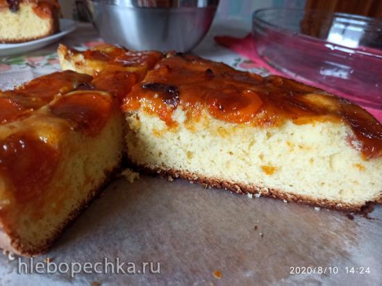 Простой пирог со сливами