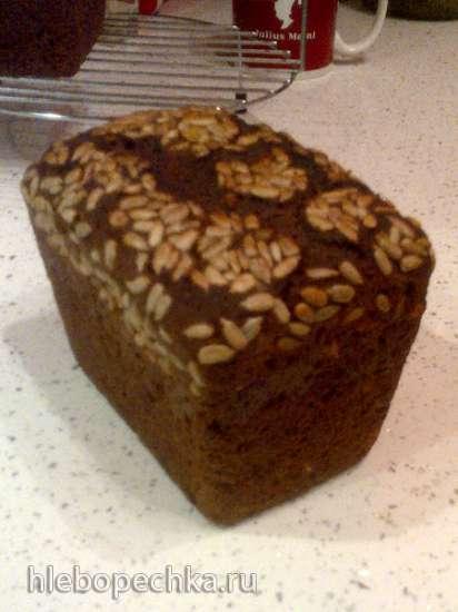 Хлеб ржаной заварной с сухофруктами и орехами