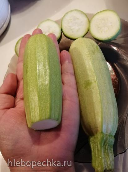 Вяленые кабачки в чесночном масле