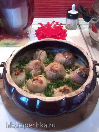 Луково-мясные колобки в соусе аля-бешамель