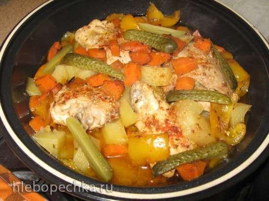 Курица с овощами и картофелем в тажине (газовая панель)