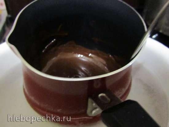 Шоколадно-йогуртовое мороженое в мороженице Brand 3811