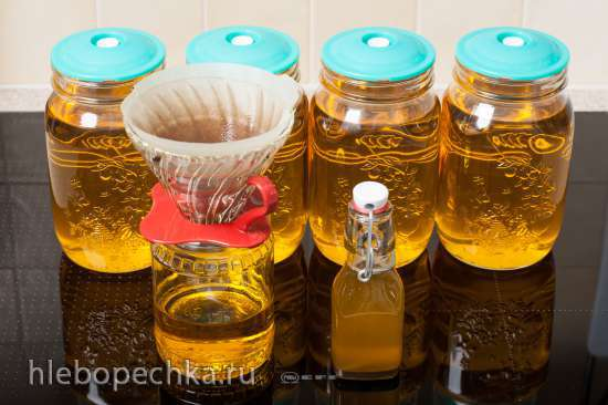 Отжим льняного масла на домашнем маслопрессе