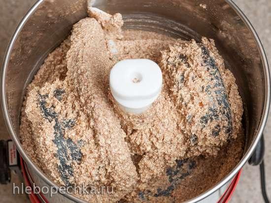 Паста из абрикосовой косточки и кешью (урбеч) на меланжере