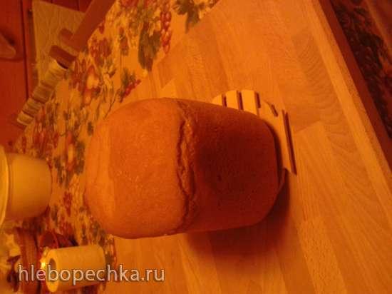 Простой серый хлеб на воде и муке