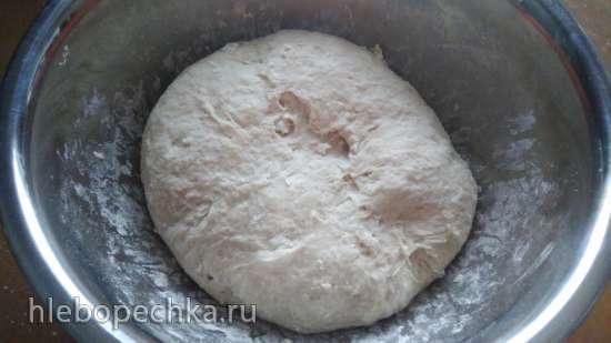 Пшеничная сдоба с начинкой на ржаной закваске