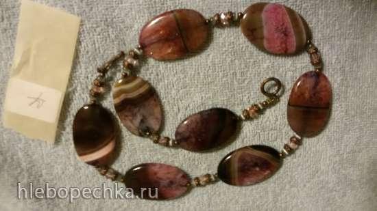 Продам бусы из искусственных, натуральных камней, дерева, стекла