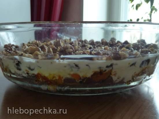 Слоёный салат с печенью и черносливом