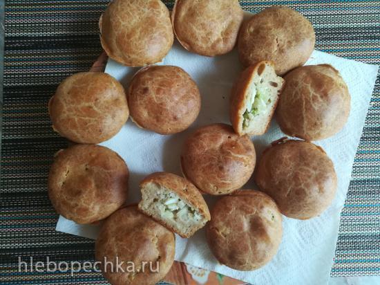 Пирожки заливные с зелёным луком и яйцами