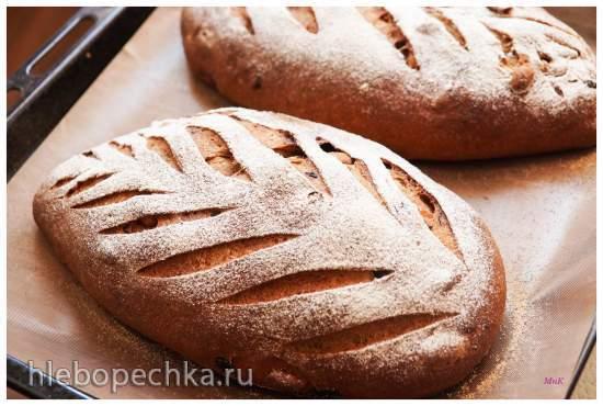Хлеб пшенично-ржаной с вишней «Бессея» и арахисом