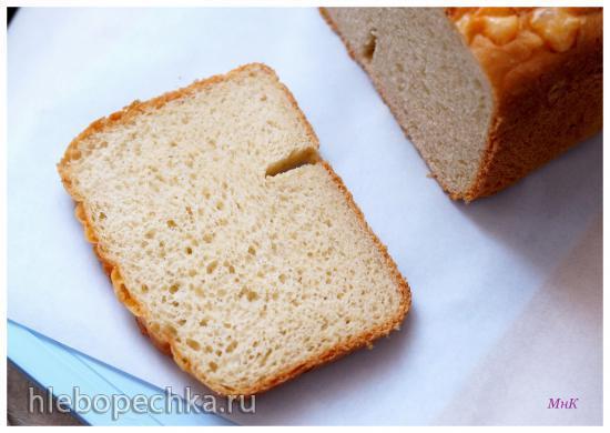 Redmond RBM-M1902. Хлеб кукурузный на берёзовом соке с сыром и семенем льна