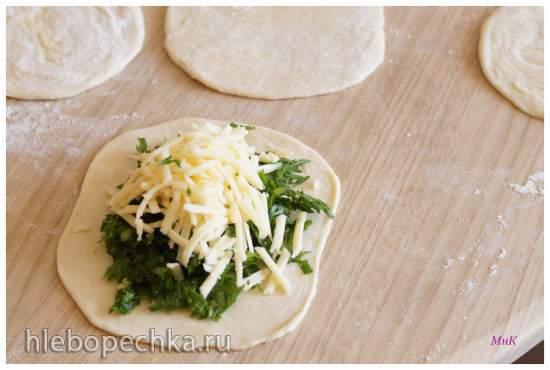 Пирожки с капустой мизуна и сыром