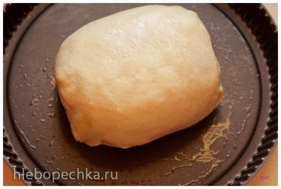 Слоеный дрожжевой пирог с сахаром (Фытыр с маслом и сахаром)
