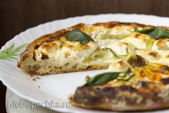 Пицца с цукини и сливочно-творожным соусом
